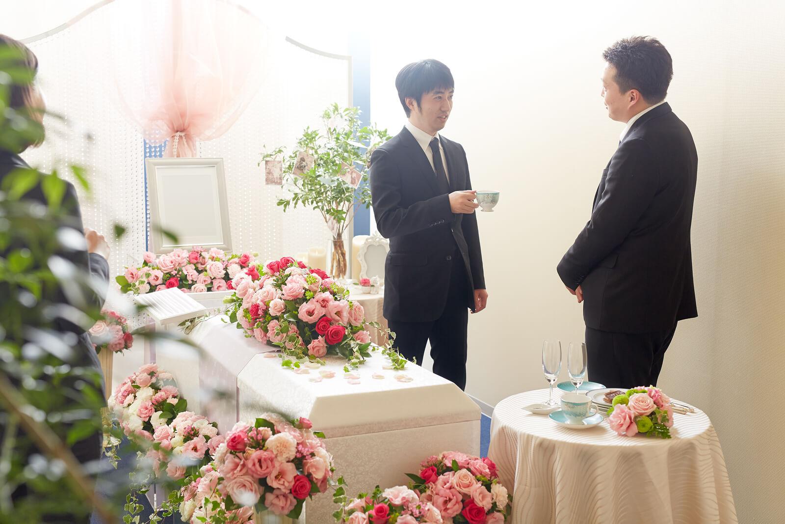 小さな葬儀「一日葬」のメリットとデメリット class=