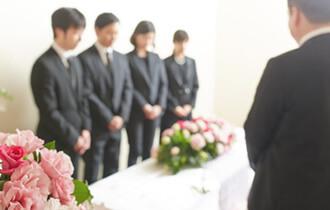 【葬儀・葬式の挨拶】喪主・遺族編 class=