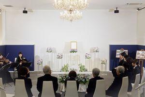 無宗教の葬儀に参列する際のマナー class=
