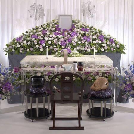 葬儀の花祭壇の分類に関して class=